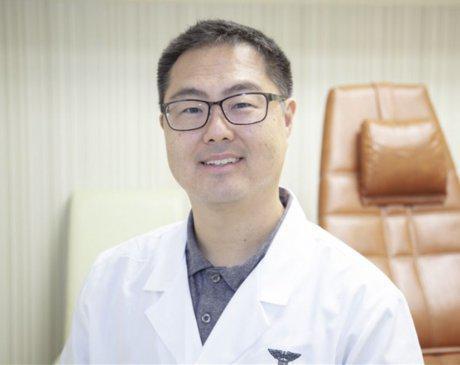 Thomas D. Lim, DPM