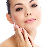 Woman recieving a Chemical Peel