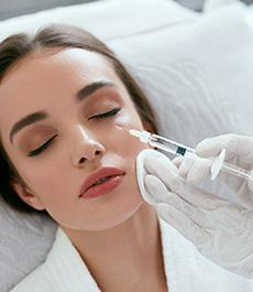 woman getting fillers MDinjecter