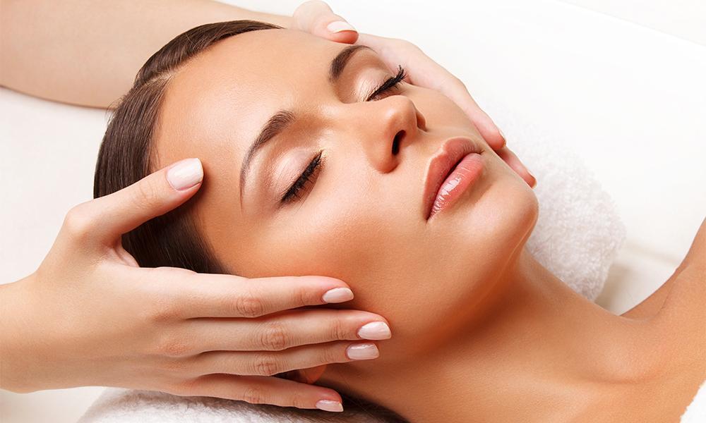 woman getting head massage