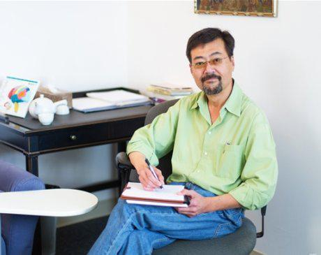 Choi Choi, MD