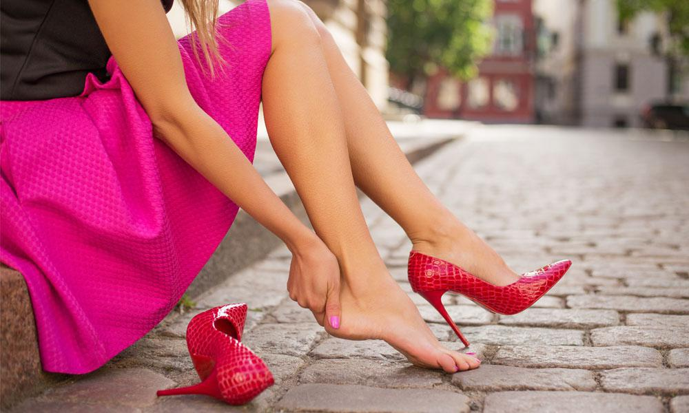 Are High Heels and Foot Pain Related?