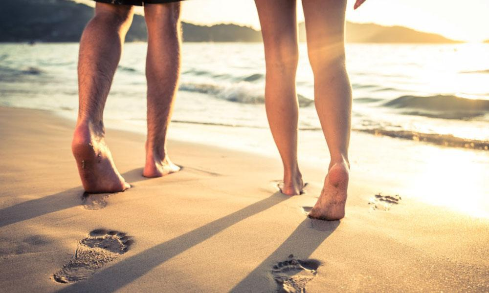 Your Summer Flip Flops May Be Damaging Your Feet