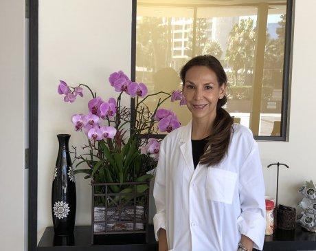 ,  Office of Viviana Uribe Hewitt, DDS