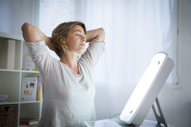 Light Therapy In Alaska: Benefits And Reasons