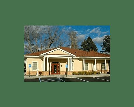 Evia Medical Center