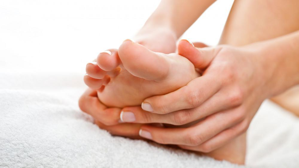 13bc1f8b8f How Bunions Affect Your Feet  Thomas Rambacher
