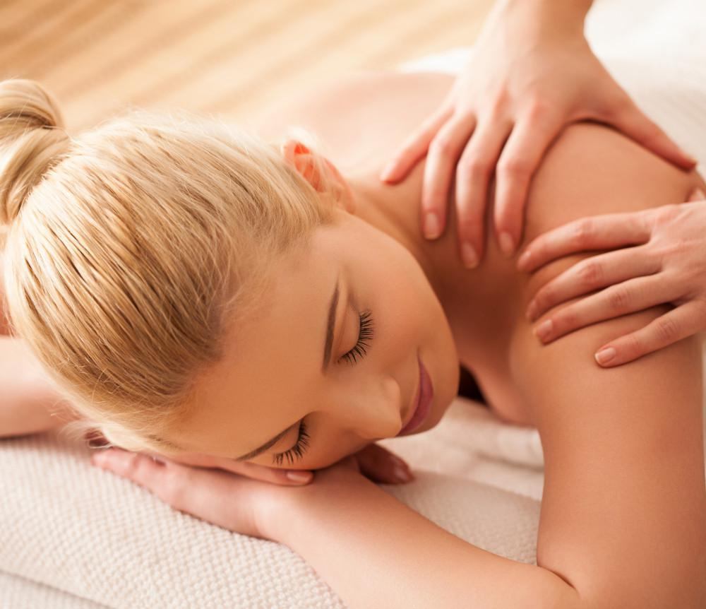 Chiropractic Massage,Jochen Chiropractic and Wellness