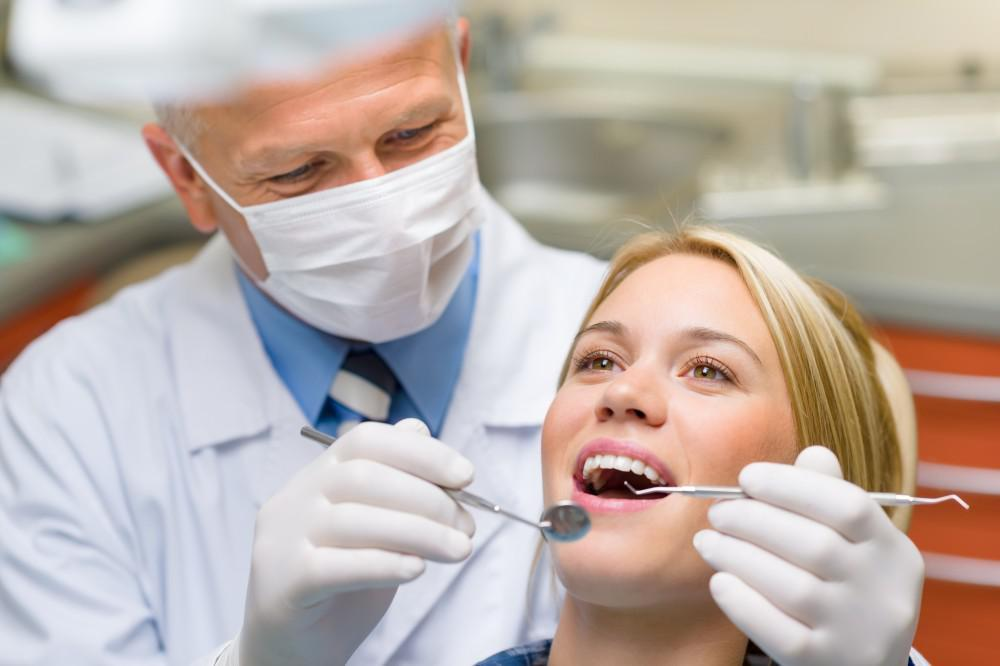 The Dental Studio's Guide to Handling Common Dental Emergencies