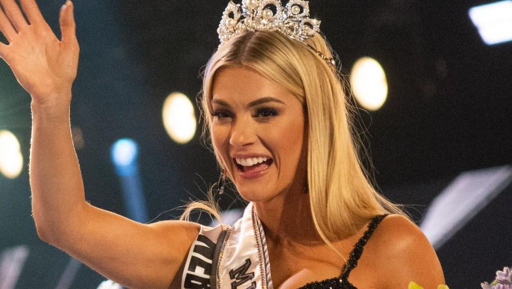 Miss Teen Universe Lotte Van Der Zee