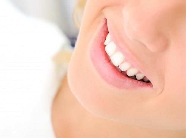 Smile More Confidently with Aesthetic Contouring & Tooth Bonding, Aesthetic contouring reshapes your teeth, Dental bonding t