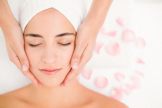 Dermaplane Facial, fresherskin with dermaplaning, gently exfoliates skin,
