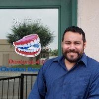 Christian Iturriaga, DPD -  - Denturist