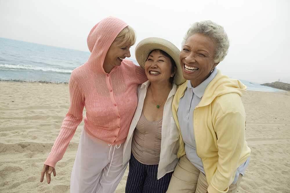 Three-friends-on-the-Beach