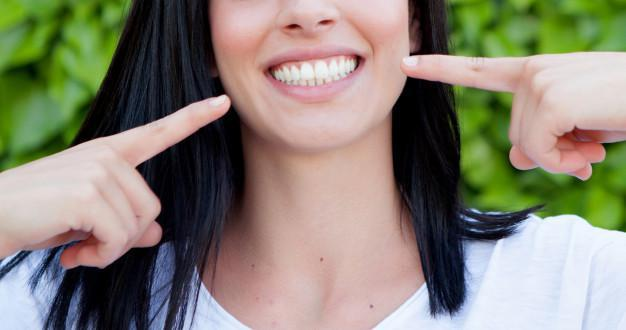 Teeth Whitening: Start the Summer Off with a Brighter Smile