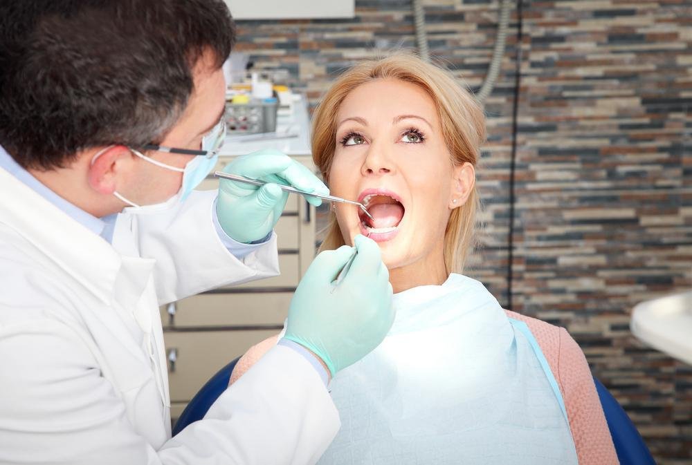 If you're getting oral surgery such as wisdom tooth extraction, learn what to expect during surgery and while you're recoveri