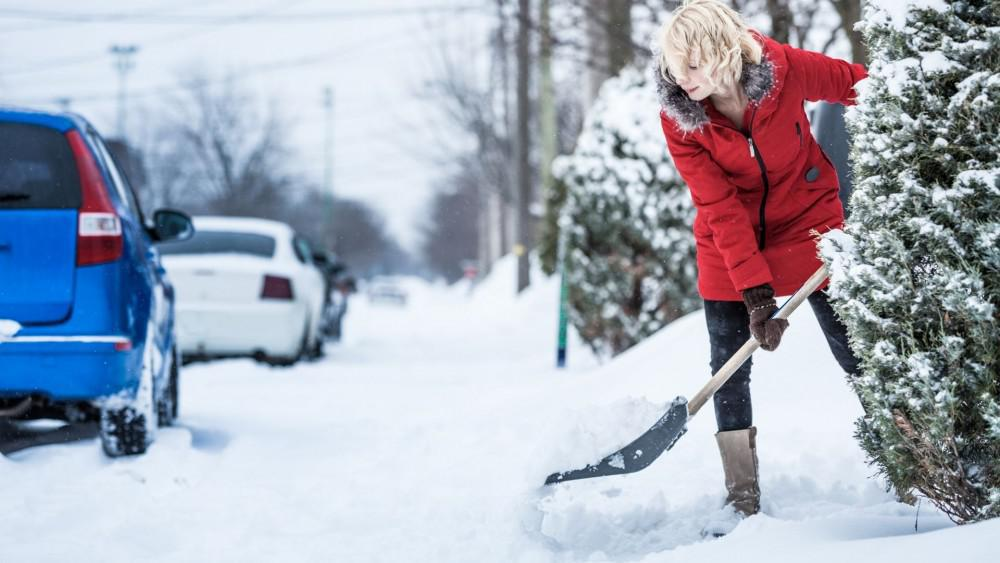 Injury Prevention Tips for Snow Shovelers