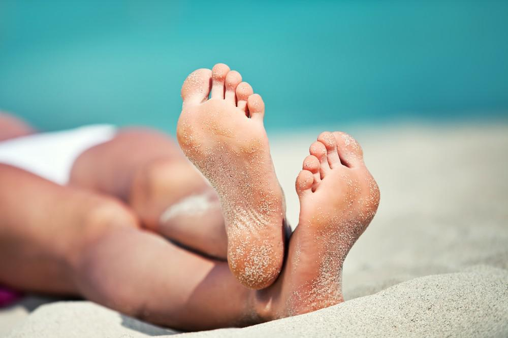 Protect Your Feet On The Beach Hubert Lee Dpm Podiatrist
