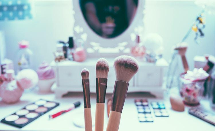 How To Choose The Right Makeup If You