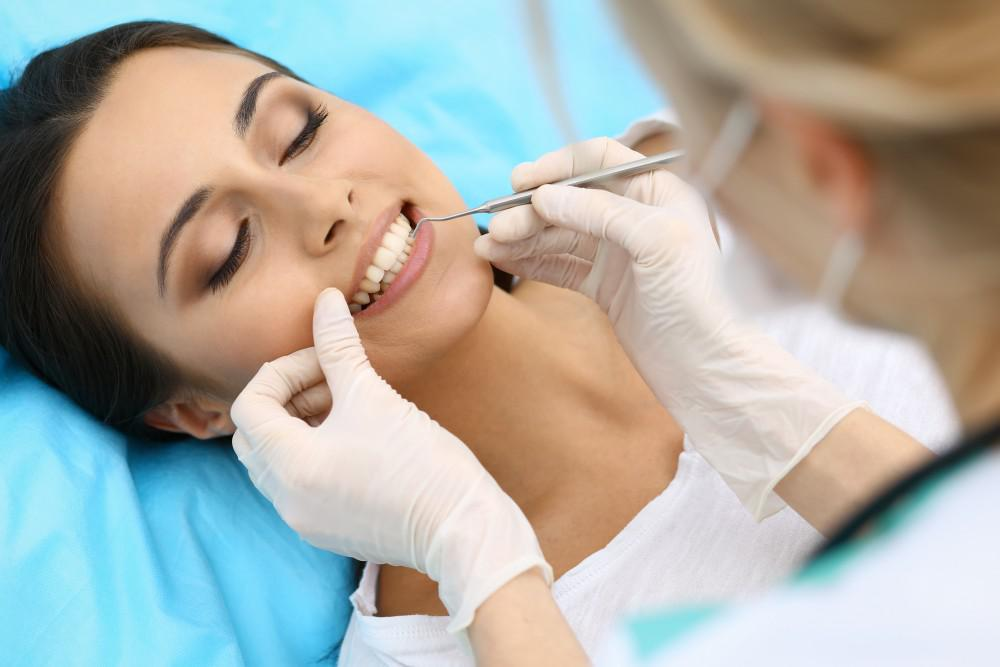 What to Expect During and After Dental Implant Surgery: Bucktown Wicker  Park Dental: General and Cosmetic Dentistry