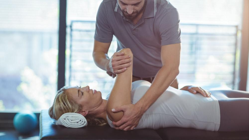 Shoulder Pain can be reduced with physical therapy