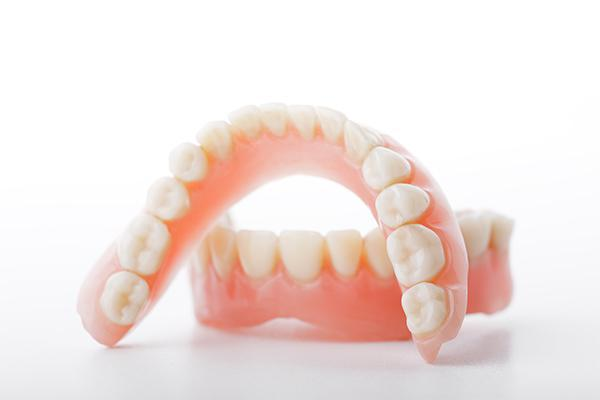 Can a Broken Tooth on a Denture Be Repaired?: Trent Kelly, DDS: General Dentist