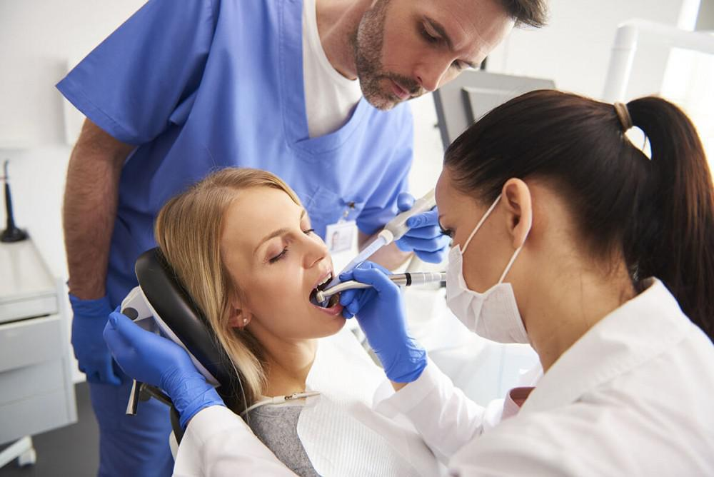 How Long Does a Cavity Filling Take?: Signature Smiles ...