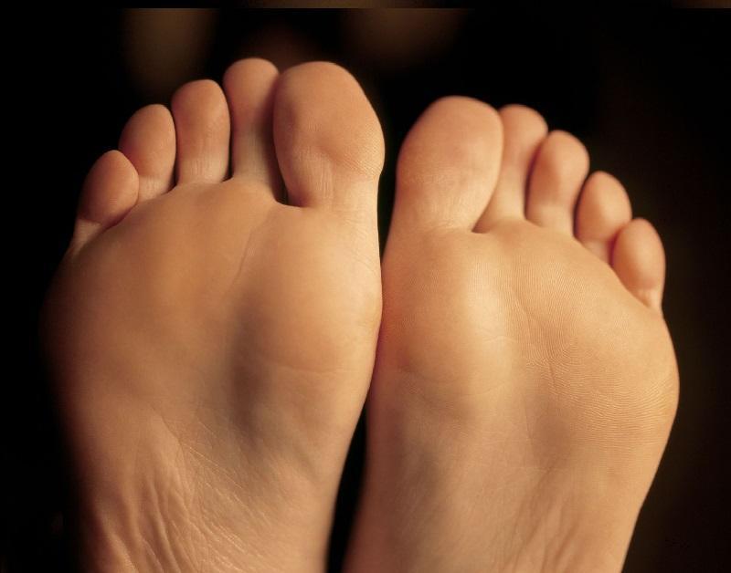 bottom of bare feet