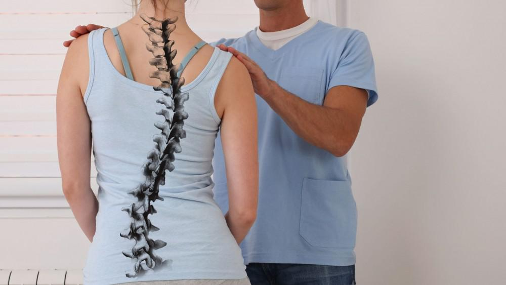 improved scoliosis symptoms with physical therapy