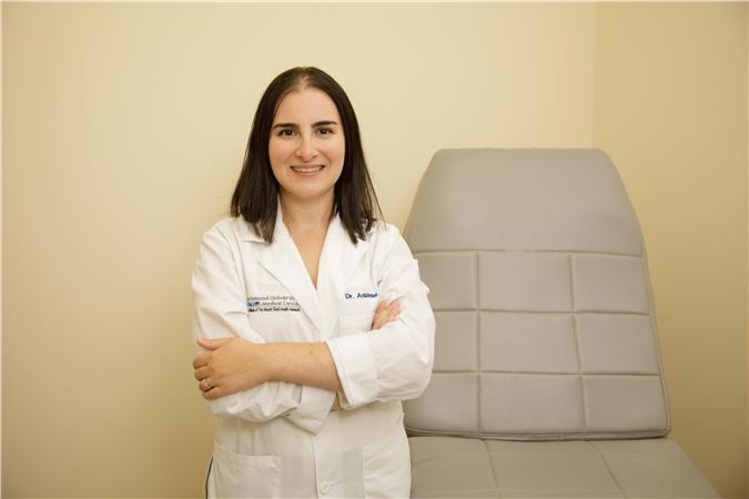 Dr. Valeriya Anbinder