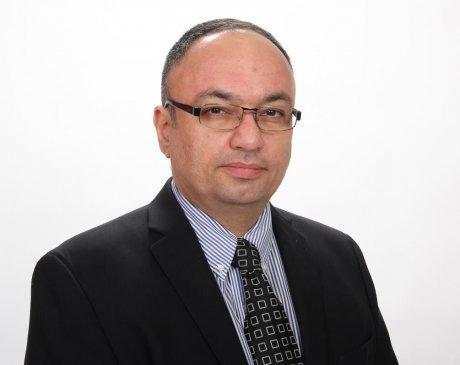 ,  Office of Peyman Nazmi, MD