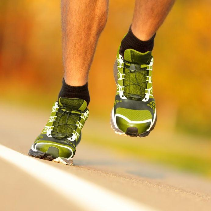 feet in sneakers, running, running injury prevention