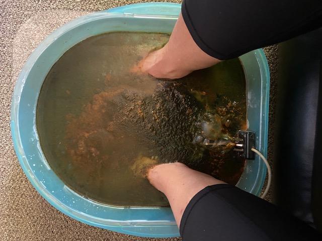 Foot bath toxin removal = remove toxins