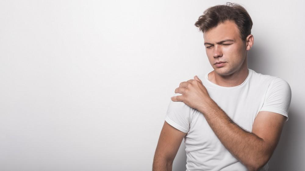 When to Consider Medical Attention for Your Shoulder Pain