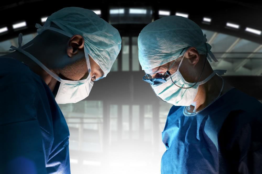 Three Things to Look for in a Spinal Surgeon