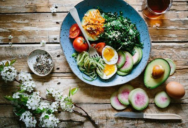Nutrition and Fertility: Some Food for Thought