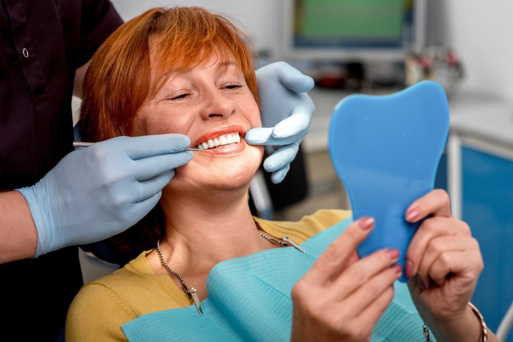 How Professional Teeth Whitening Works