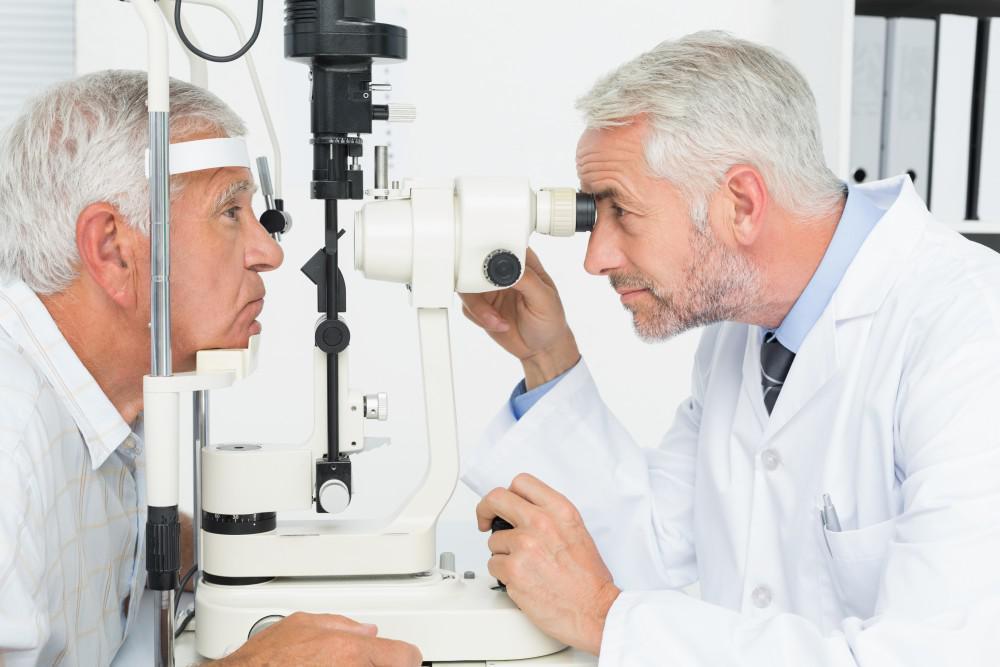 The Benefits of Corneal Cross-Linking for Treating Keratoconus