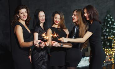 Be confident and look your best at your holiday party with SculpSure, non-surgical body contouring.
